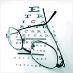 بررسی-مقایسه-حساسیت-کنتراست-عینک-و-لنز-تماسی-نرم-در-افراد-20-تا-30-سال