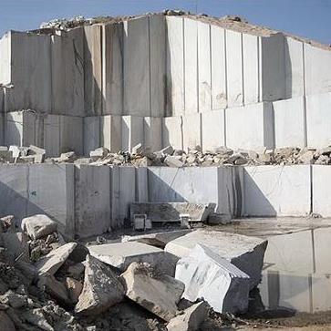 بررسي كانسارها و منابع معدني سنگهاي ساختماني در استان سيستان و بلوچستان و مقايسه آن در سطح كشور