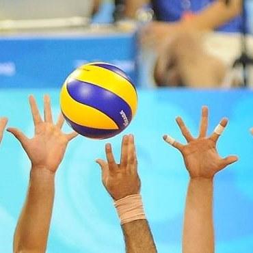 بررسی ورزش والیبال